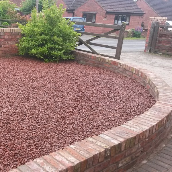 Red Granite Driveway : Buy red granite mm chippings online supplier