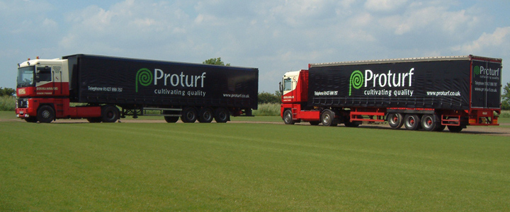 Fast delivery of turf & gravel to our trade customers